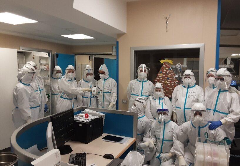 Mons. Ricchiuti visita i pazienti dei reparti Covid