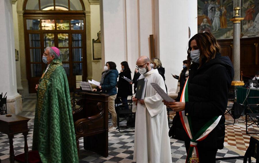 """Giornata del Malato. Mons. Boccardo: """"Tutti possiamo essere operatori di umanità e fraternità"""""""