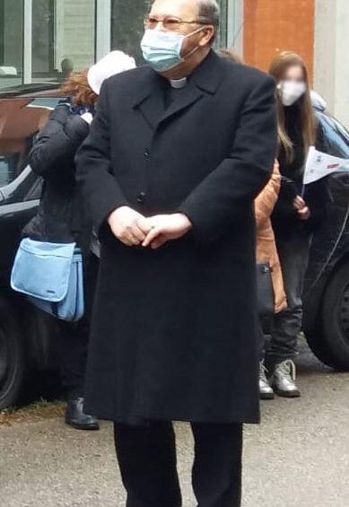 Mons. Leuzzi ai giovani: lasciatevi guardare da Gesù