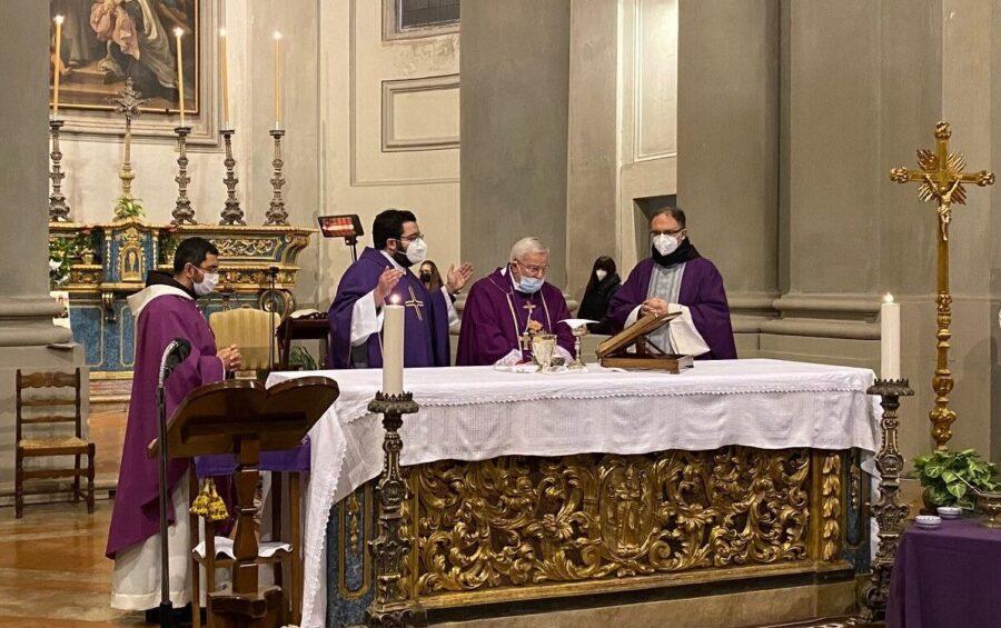"""Il card. Bassetti nella chiesa dell'Università: """"Il cristiano ha sempre motivo per restare in piedi anche se c'è la pandemia"""""""
