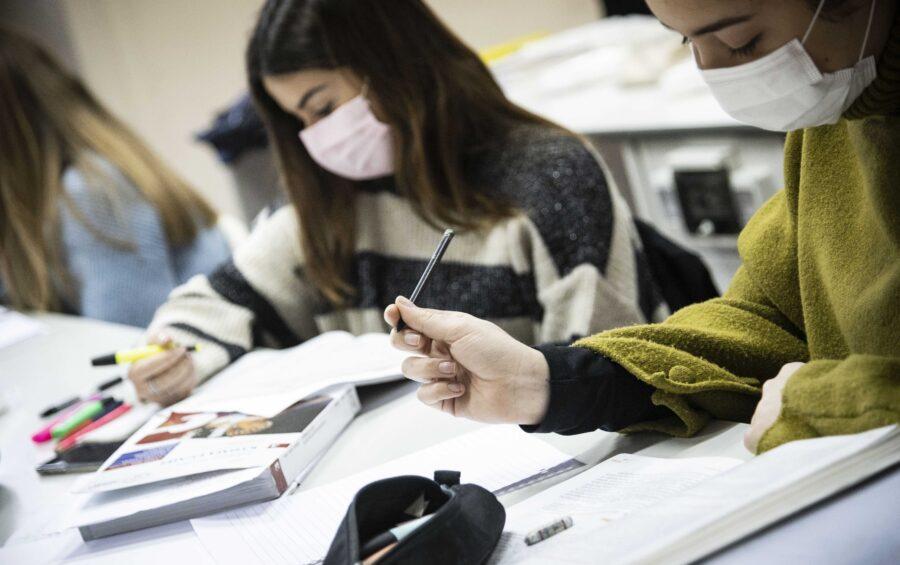 Roma 18–01-2021 Scuola Liceo Classico Giulio Cesare. Riapertura della scuola, con gli alunni in presenza dopo il Lockdown, dovuto alla pandemia Covid-19/ Corona Virus