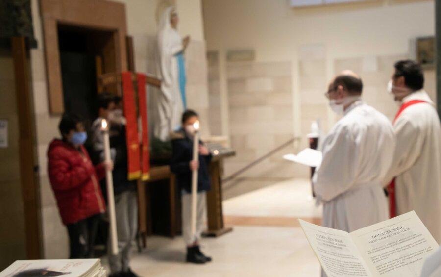 Roma, 19-03-2021. Parrocchia Fabiano e Venanzio. La Via Crucis settimanale.