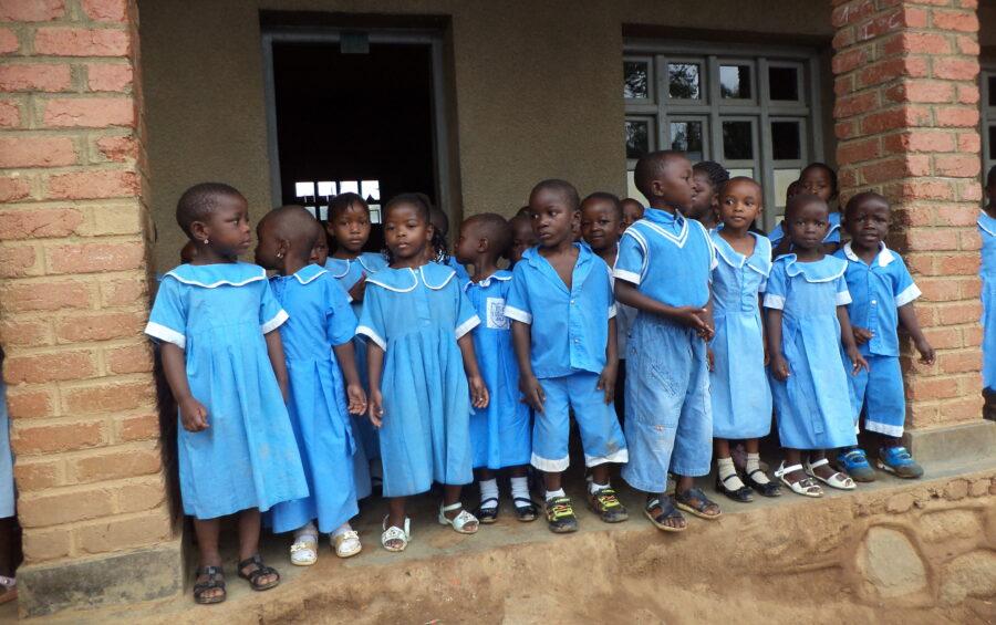 La Caritas lancia il progetto adozioni a distanza a favore dei bambini del Congo